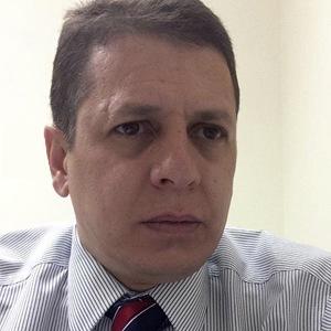 Obispo Fernando Souza
