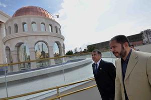 Embaixador de Israel visita o Templo de Salomão