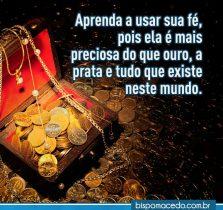 Tesouro com moedas de ouro