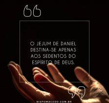 Mãos erguidas ao céu